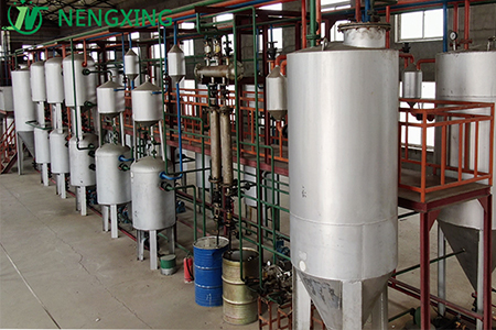 Waste plastic oil refining project